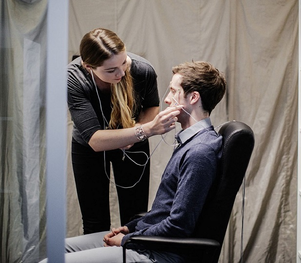 clinical trial with tinnitus patient